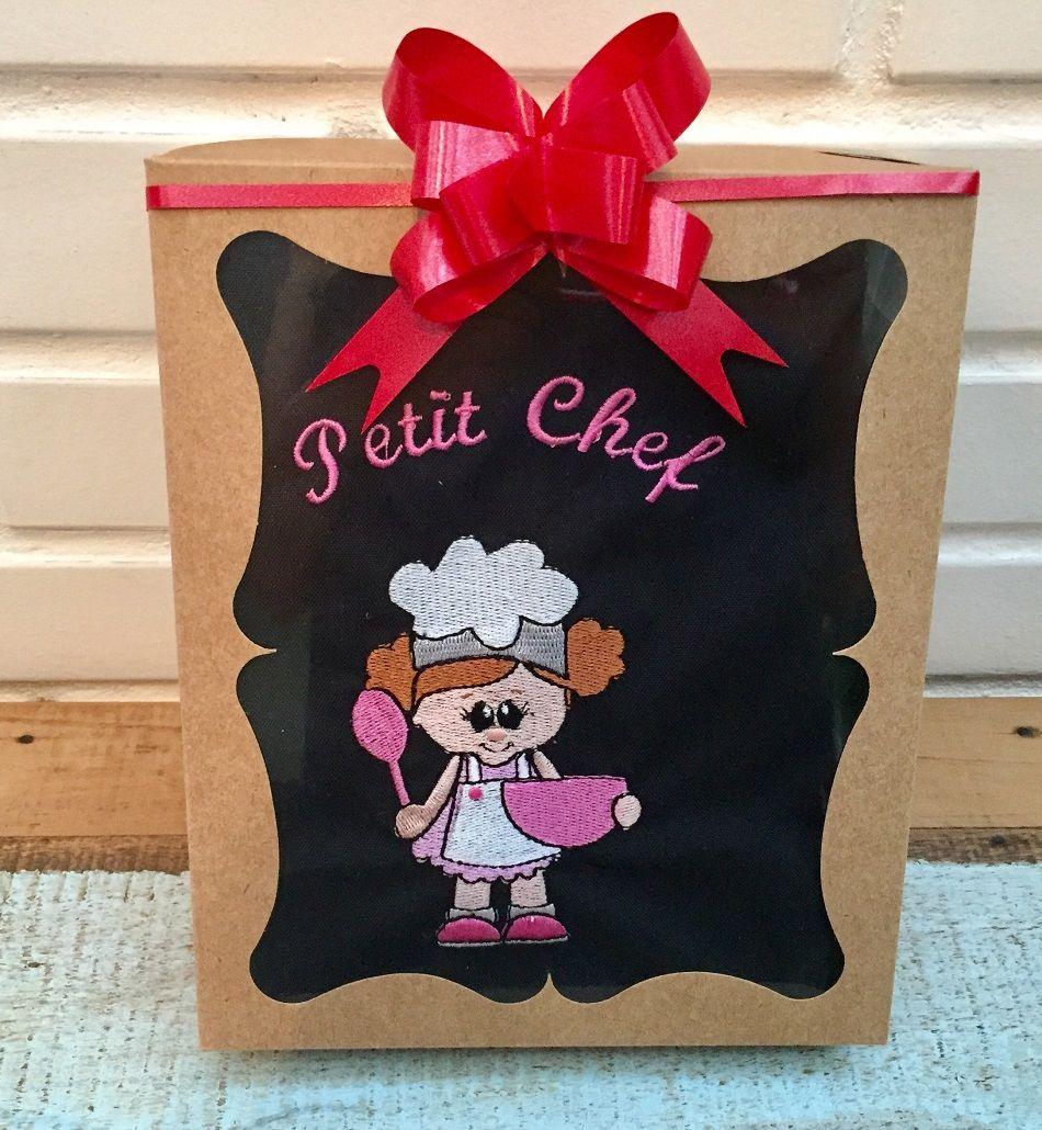 Kit Mini Chef + utensílios (avental preto, menina)