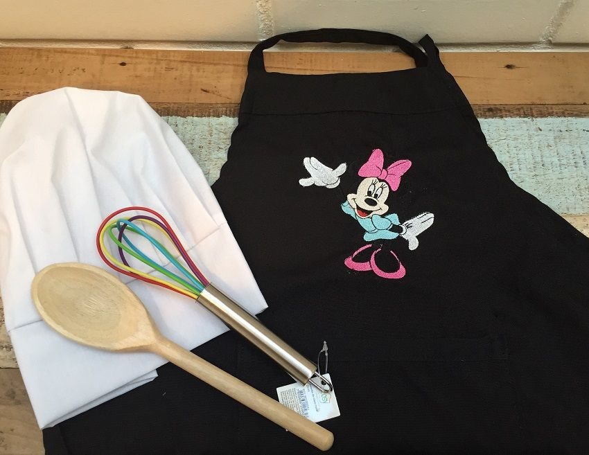 Kit Mini Chef + utensílios (Minnie ou Mickey)