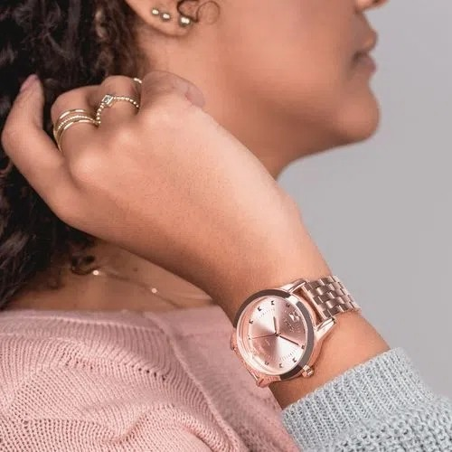Relógio Feminino Euro Glamour + Pulseira - EU2035YRS/K4J