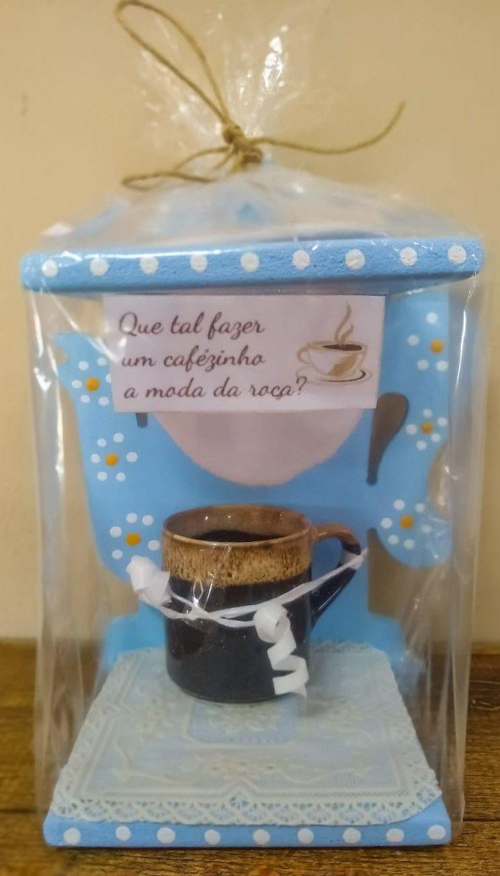 Coador de café individual com xícara