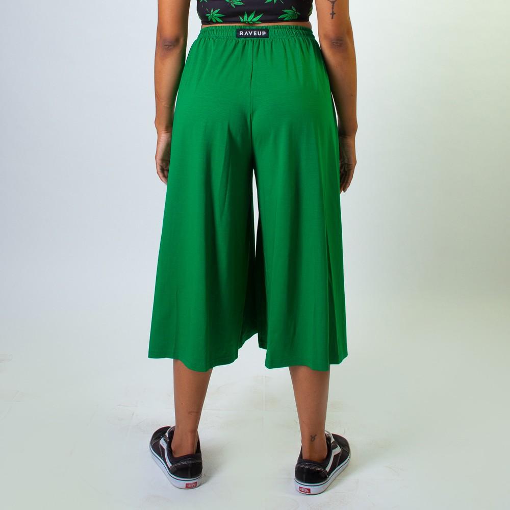 Calça Pantacourt Com Fendas Frontais Verde
