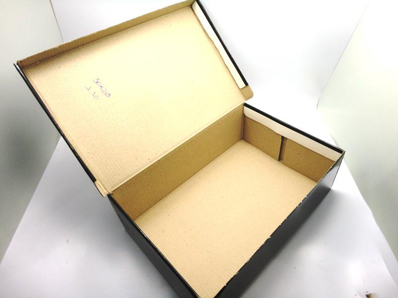 100 caixas adulto - 30 X 20 cm - Preto Verniz