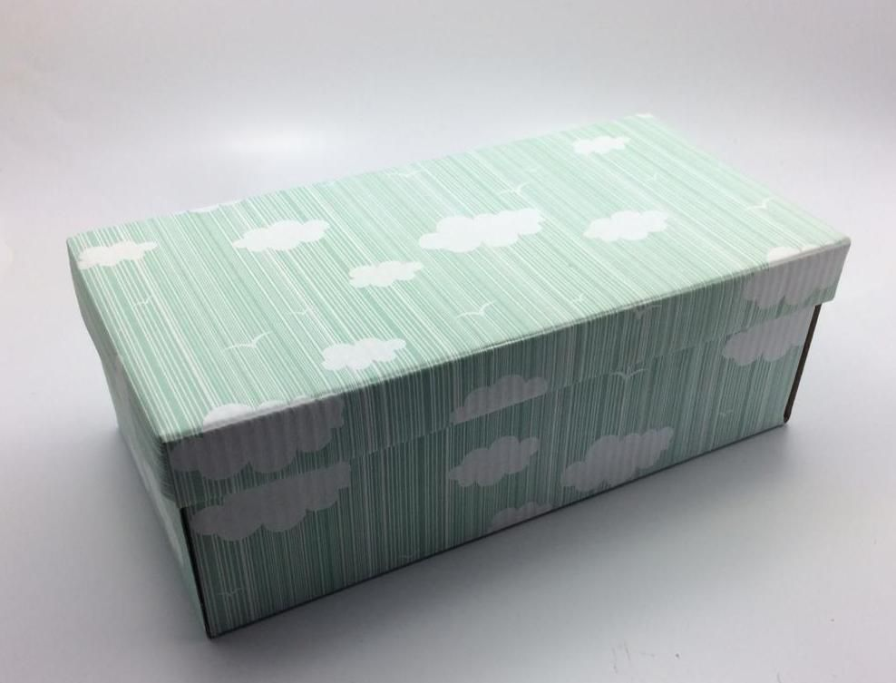 100 caixas infantil - 24 X 12 cm - Nuvens