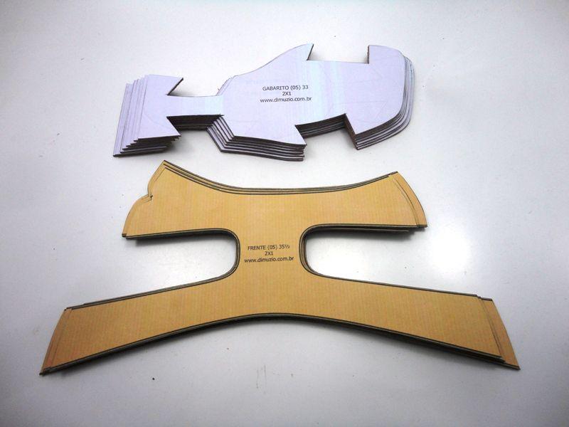 Jogo de escala para rasteirinhas bico quadrado c/ gabarito - Ref. 03