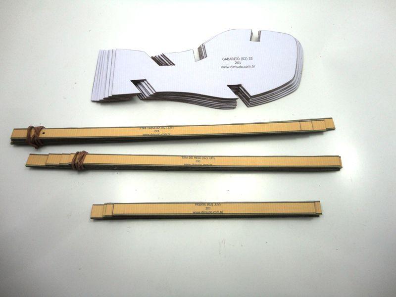 Jogo de escala para rasteirinhas bico quadrado c/ gabarito - Ref. 04