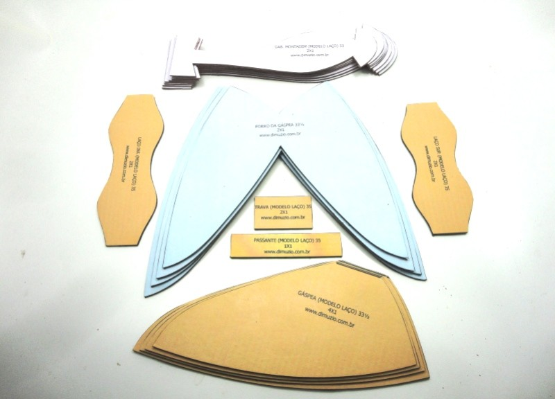 Jogo de escala para rasteirinhas c/ gabarito - Laço