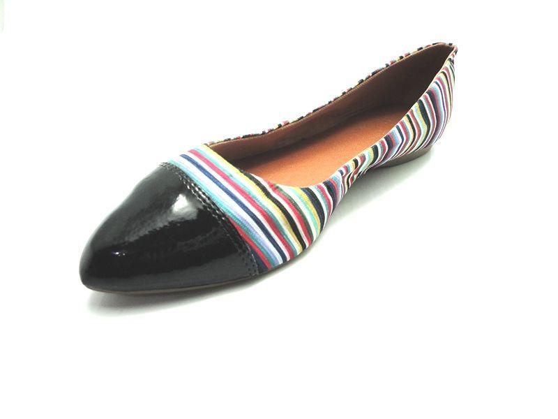 Jogo de escala para sapatilha bico fino duas cores