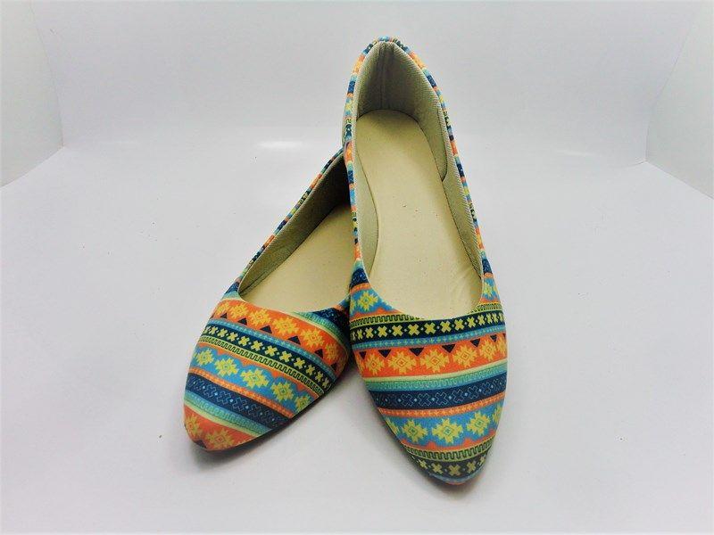 Kit para fabricação de sapatilhas bico fino - Tecido Geométrico