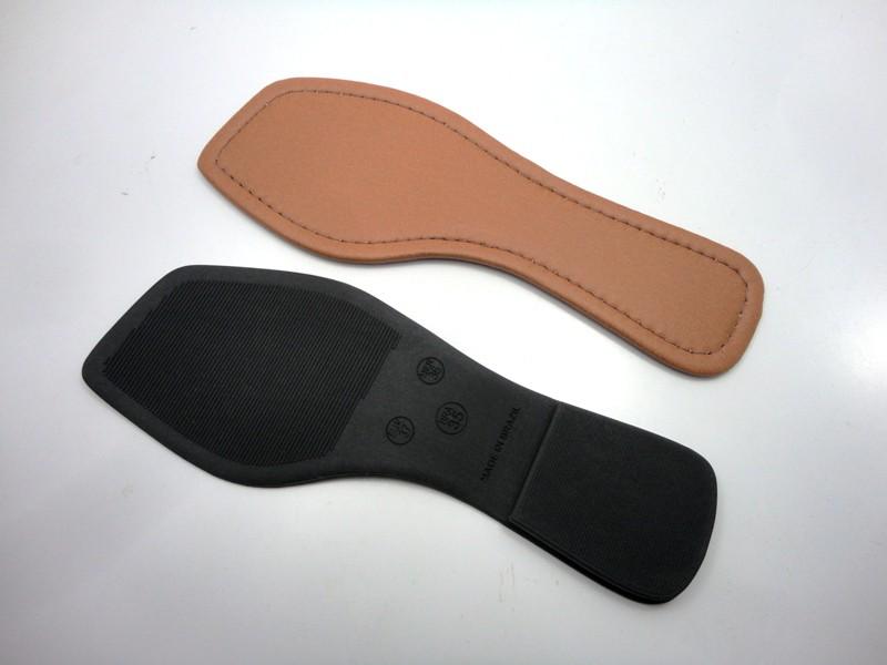 Solado Rasteirinha PVC Preto Ref. 1003 + Palmilha Costurada Caramelo - Grade 15 pares