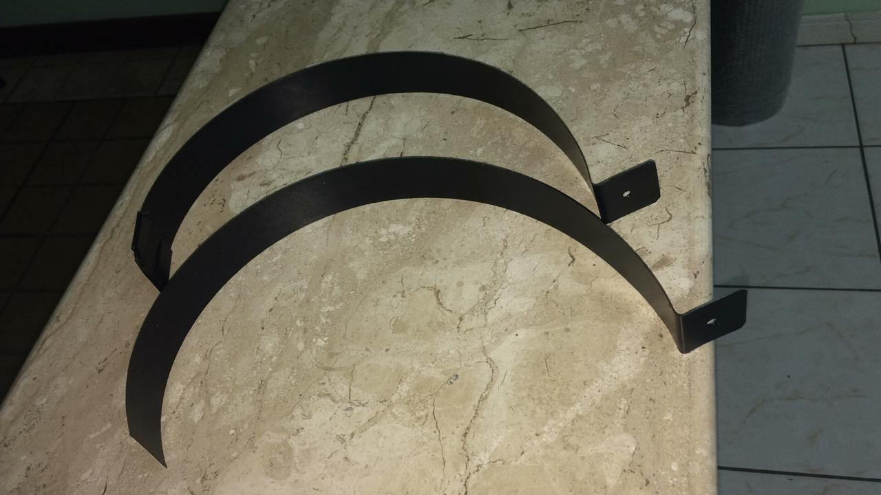 Coifa preta com duto e exaustor de 200mm  - Galvocalhas