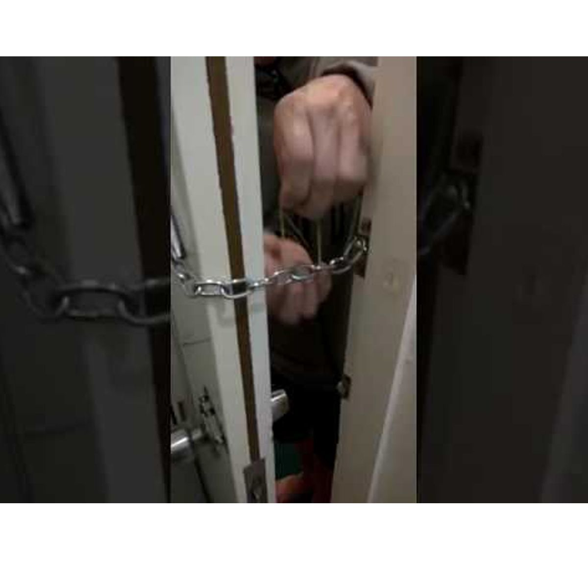 Fecho De Porta Pega Ladrão Cromado - Total Segurança