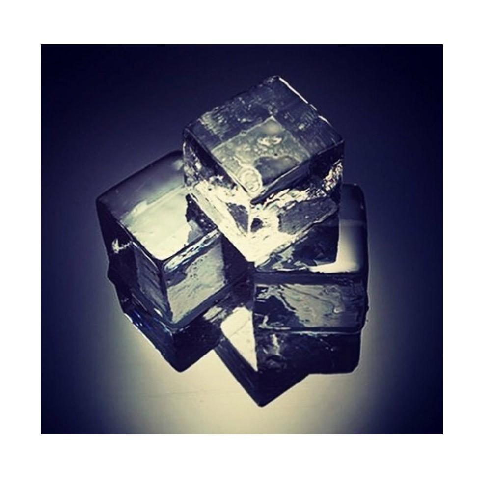 Gelo Congelado Transparente Jogo de 24 Cubos Pequenos 30x30mm Ice4Pros
