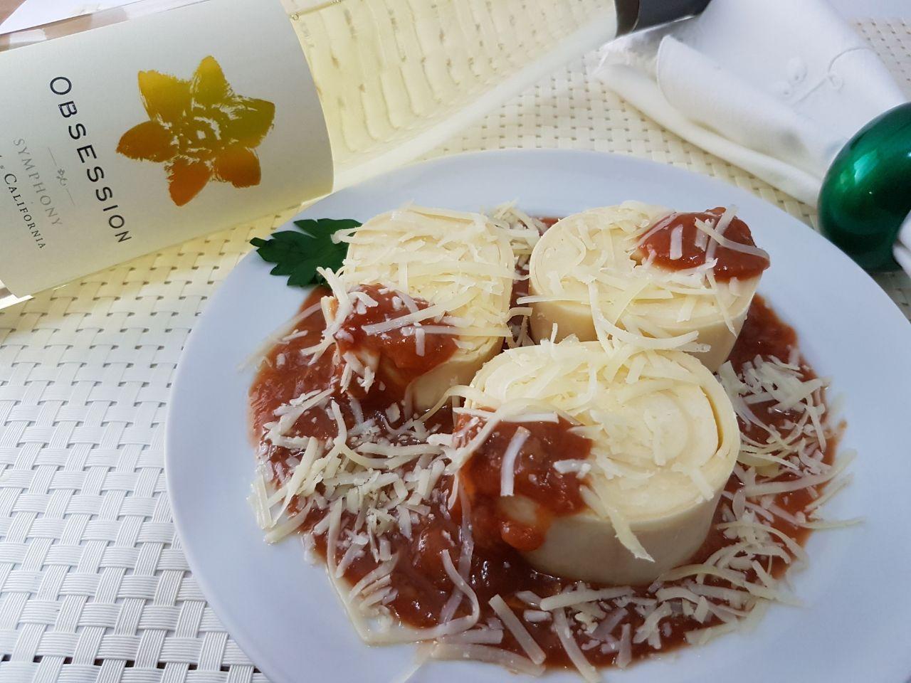 Kit Rondelli 4 queijos Nova Benta 600g + Vinho Obsession Symphony Ironstone Branco 2014 750ml