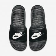 Chinelo Nike Benassi JDI Preto e Branco