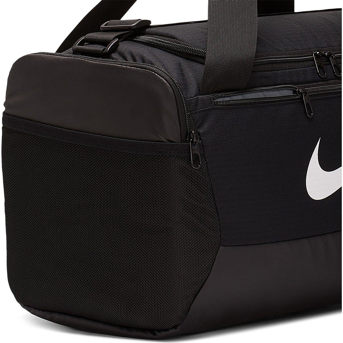 Bolsa Nike Brasilia Duff S 9.0 - 41 litros Preto e Branco