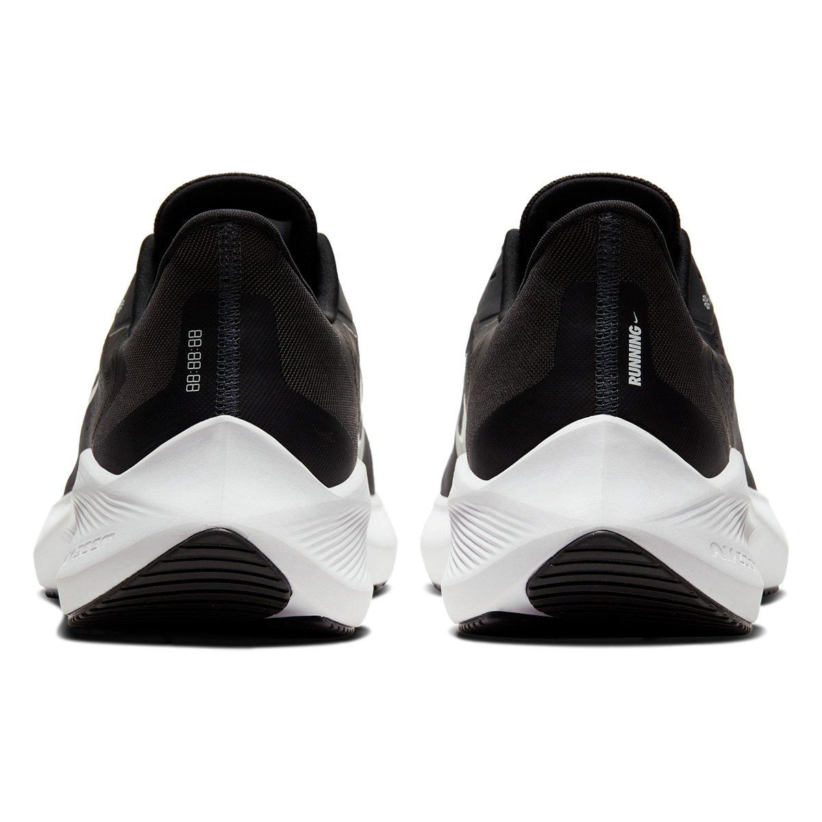 Tênis Nike Air Zoom Winflo 7 Preto e Branco - Masculino