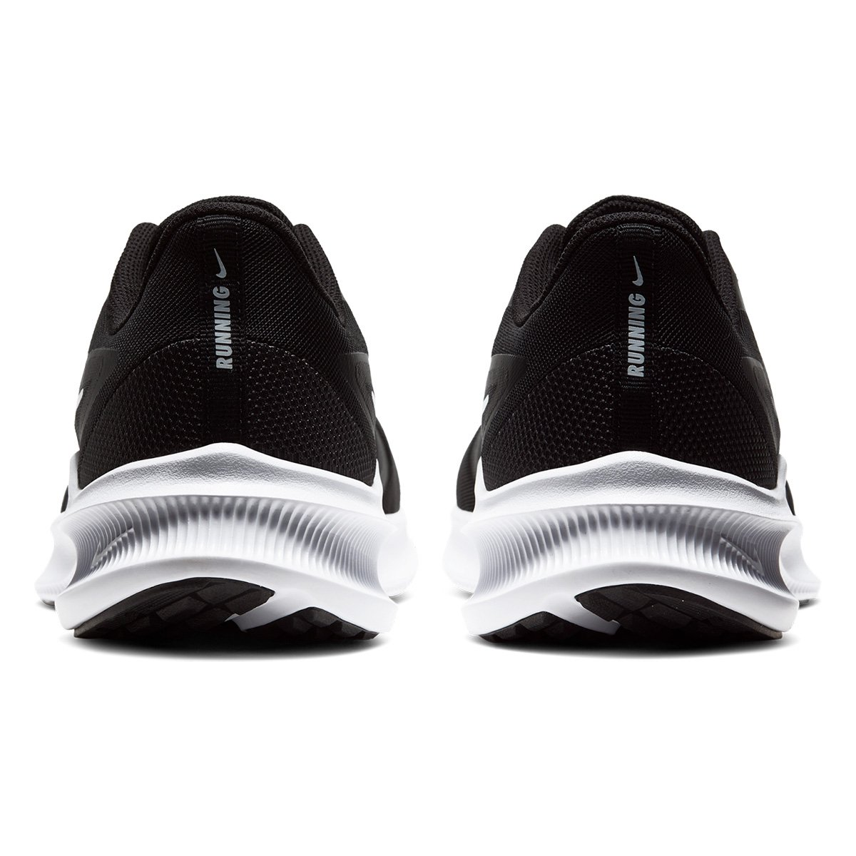 Tênis Nike Downshifter 10 Preto e Branco