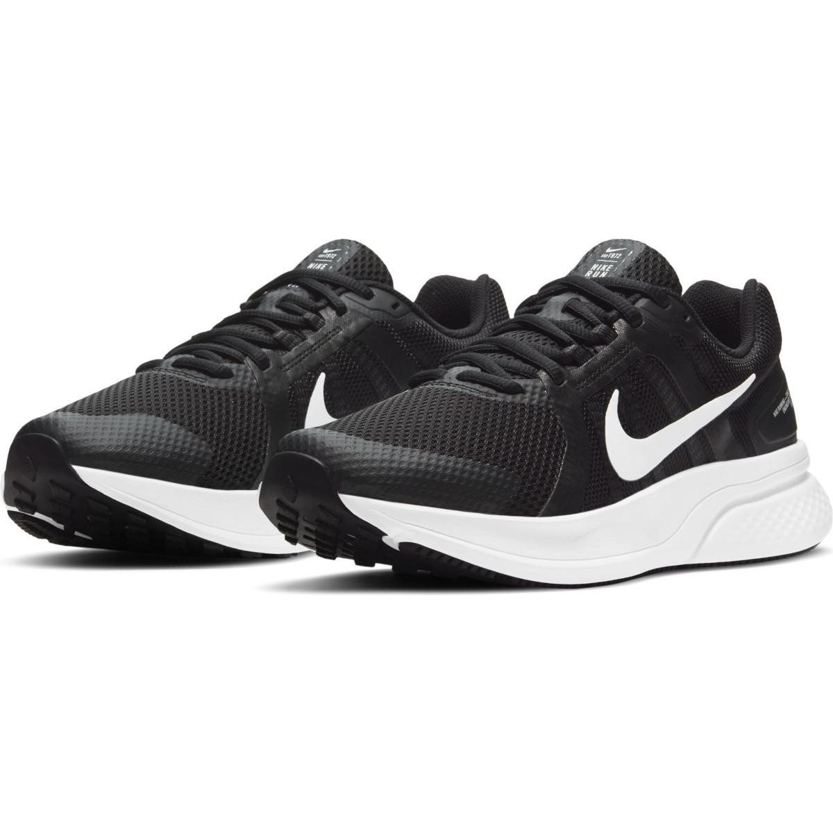Tênis Nike Run Swift 2 Preto e Branco