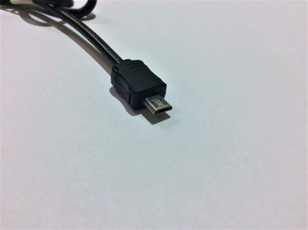 AU 19 - Conversor DC/DC 12 ou 24V para 5V-3A MICRO USB COMPATIBILIDADE V8