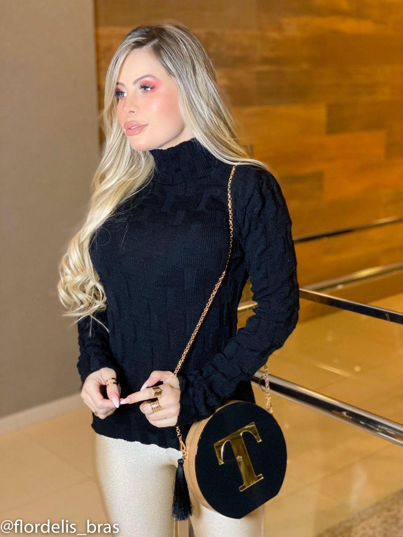 Blusa Feminina Cacharrel de Gola Alta