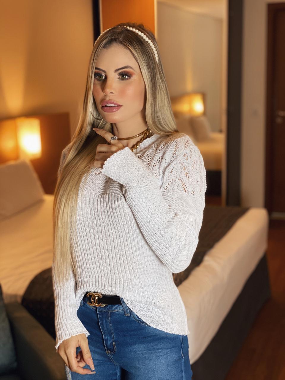 Blusa Feminina de Lã com Gola Média