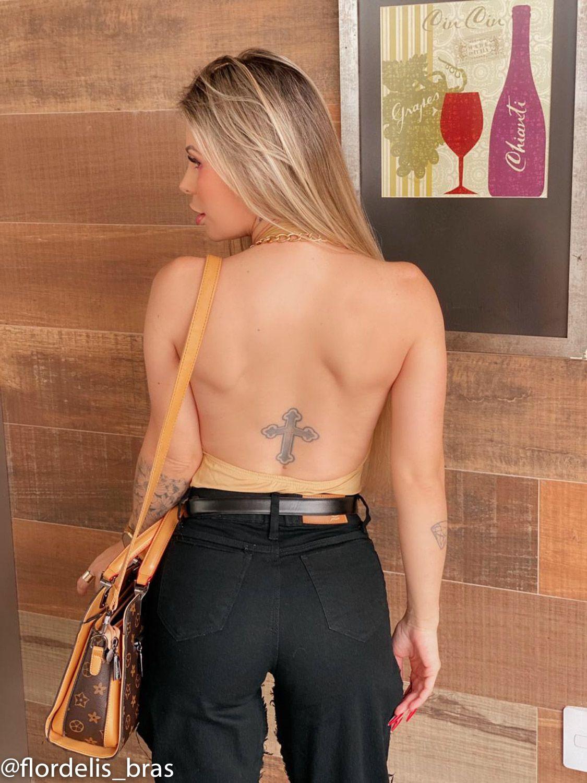 Body Frente Única com Strips Frontais em Poliamida