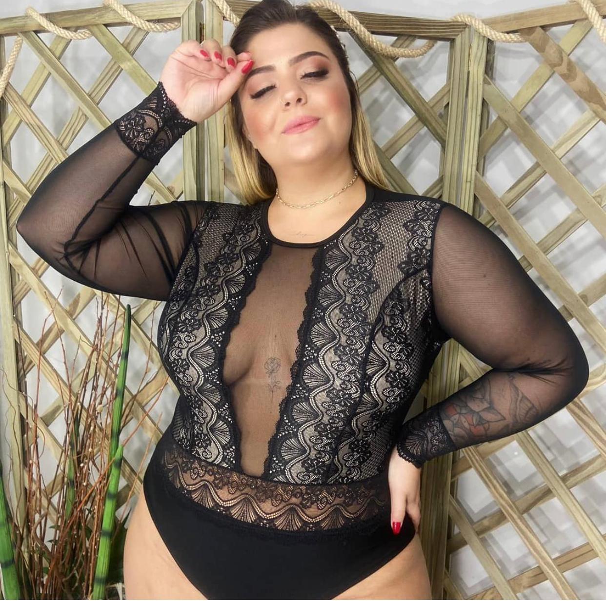 Body Plus Size Rendado com Tule
