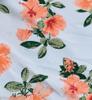 Fundo Branco com Flores Salmon