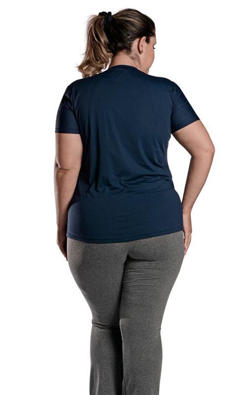Camiseta Plus Size New Trip Azul Marinho