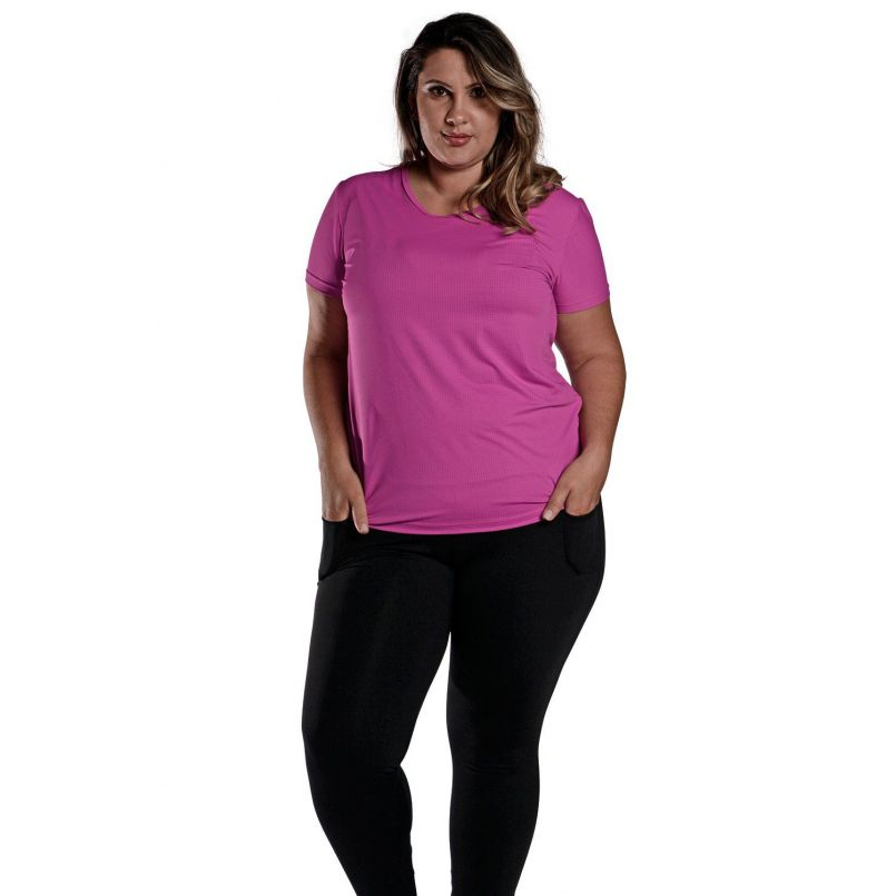 Camiseta Plus Size New Trip Fucsia
