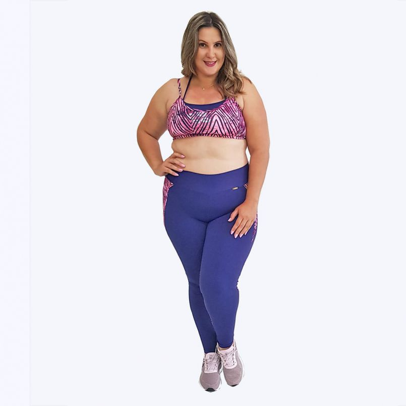 Top Plus Size Estampa e Azul Marinho