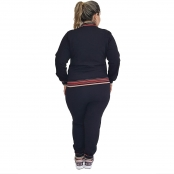Foto 3 Calça Jogger Moletom Feminina Plus Size Preta com Detalhe