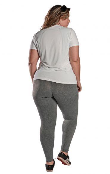 Camiseta Plus Size New Trip Branca