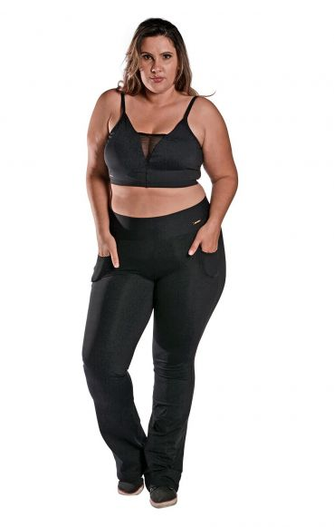 Kit Camiseta Plus Size New Trip + Calça Bailarina Plus Size + Top Plus Size Tule
