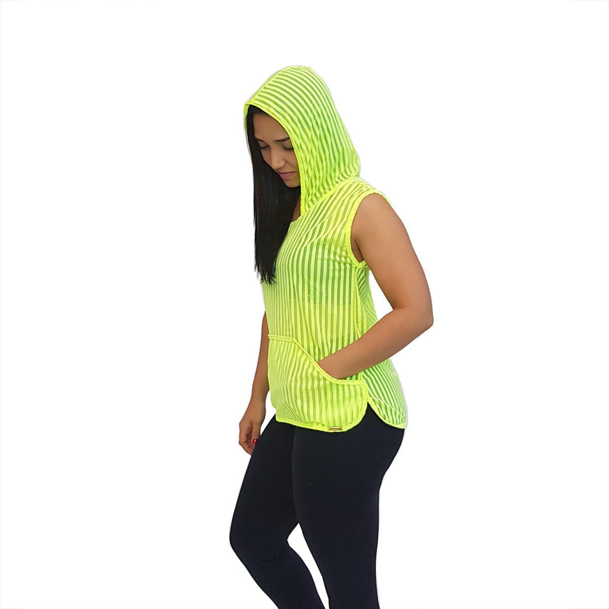 Blusa em Tela Sem Mangas com Capuz e Bolsos Verde Fluorescente
