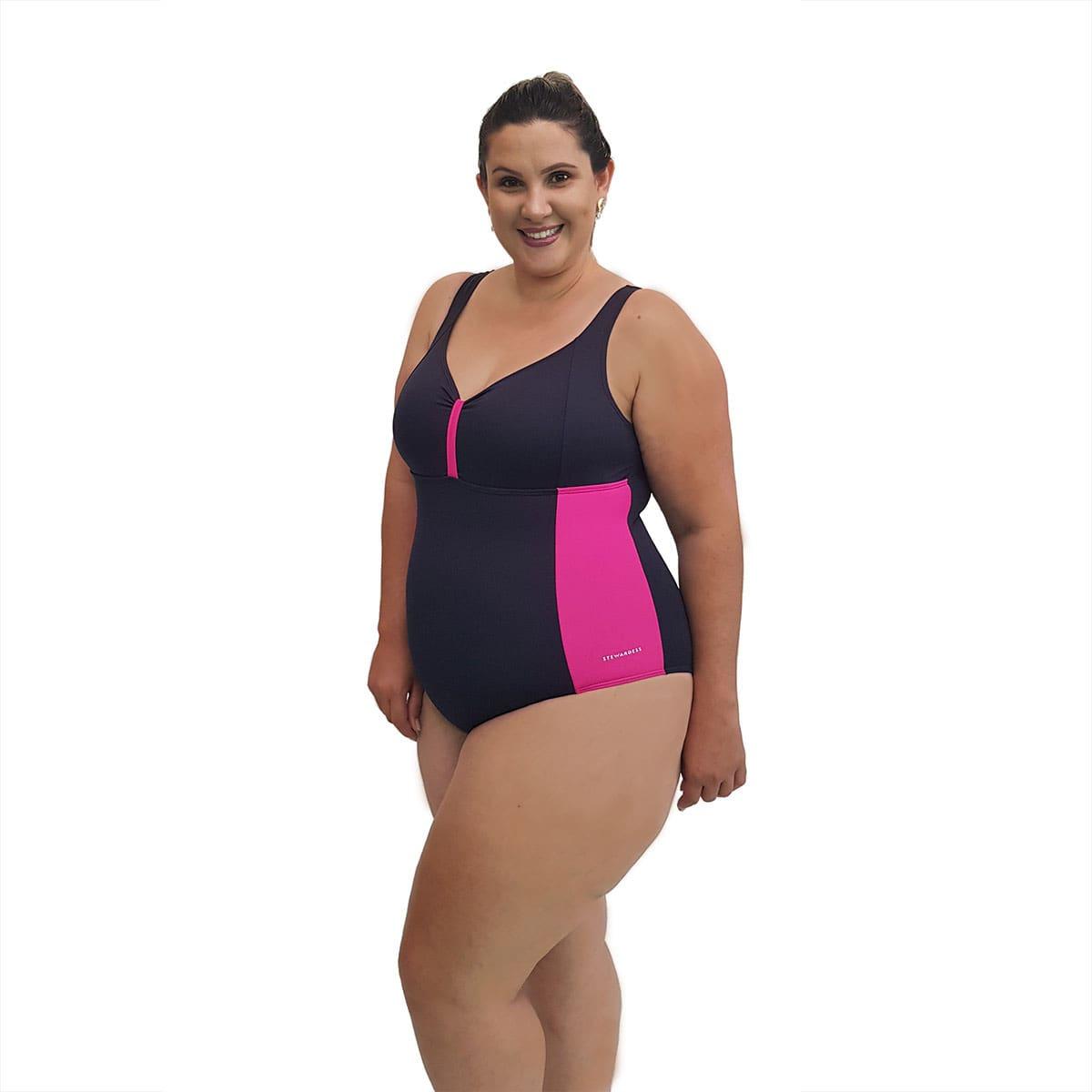 Maiô Natação Plus Size com Sustentação Light UV 50+ Preto com Detalhe em Pink