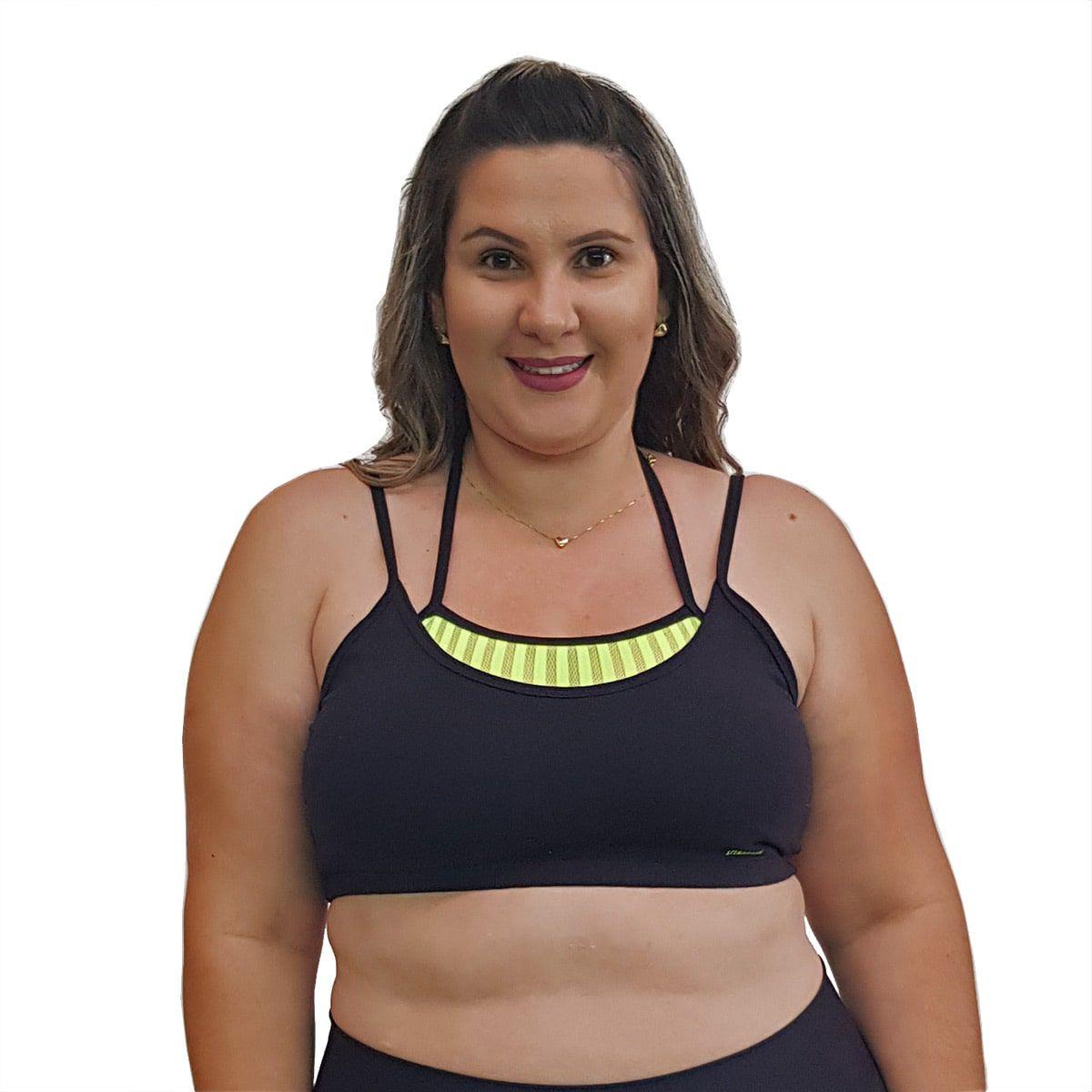 Top Fitness Plus Size com Alças Finas Duplas Preto e Detalhe em Tela Verde Fluorescente