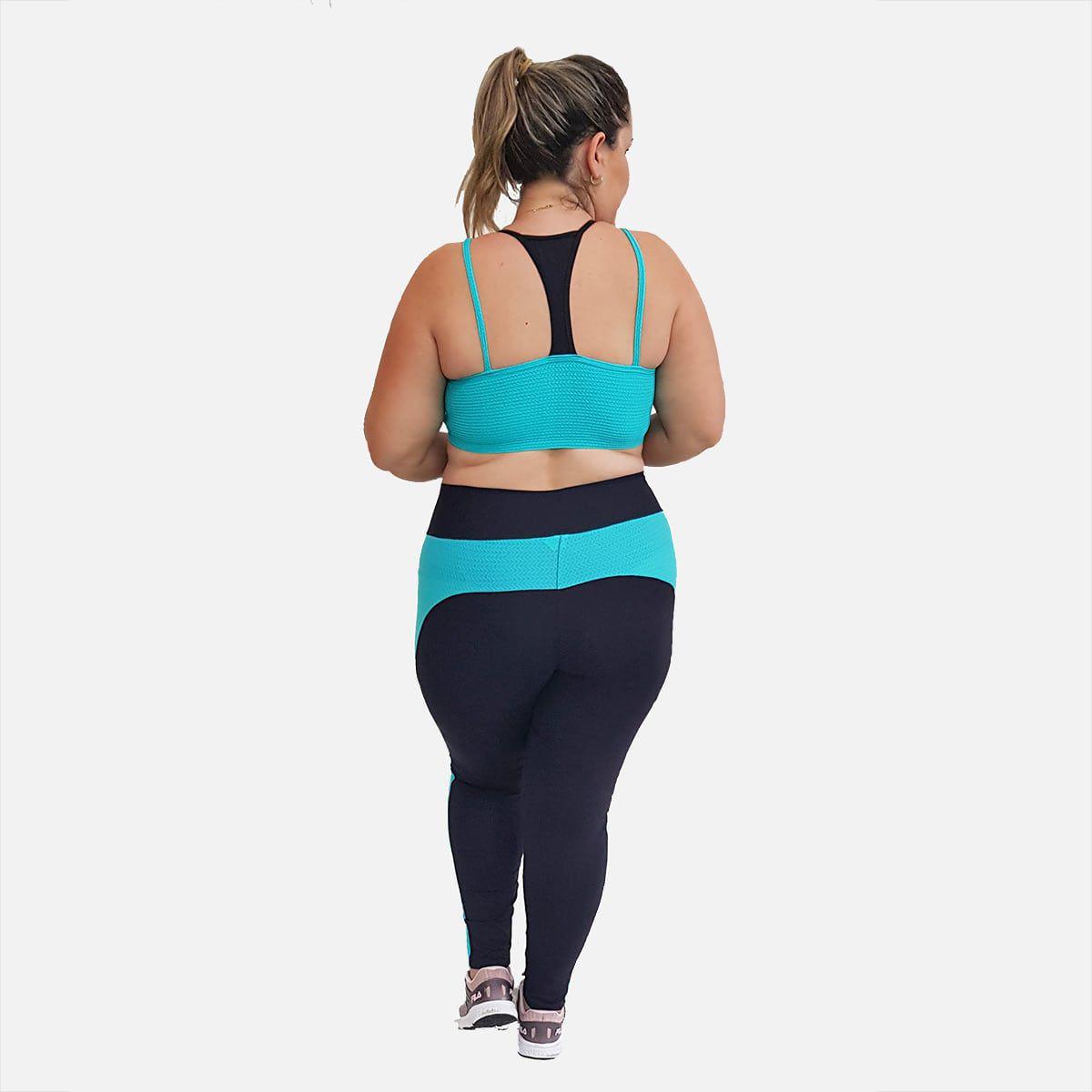 Top Fitness Plus Size com Alças Finas Duplas Nanai e Preto