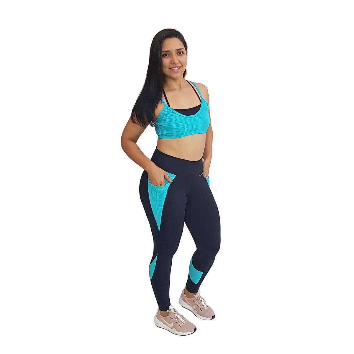 Top Fitness com Alças Finas Duplas Nanai e Preto