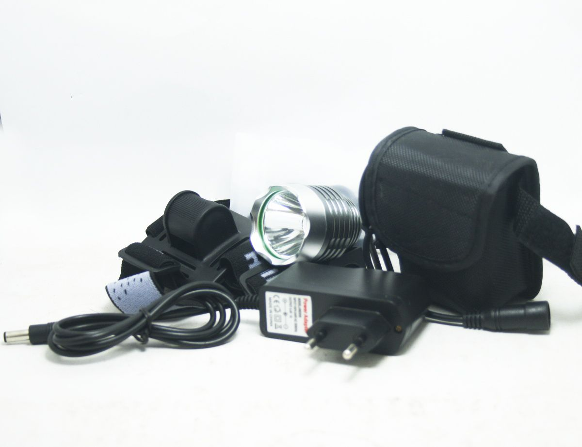 Farol Led Para Bike 1800 Lúmens - 9600mah (6 células)  Walkefire Prata