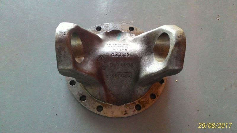 FLANGE DO CARDAN - VOLVO 6885644