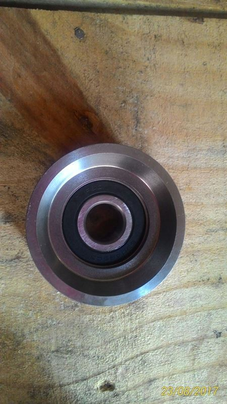 POLIA INTERMEDIARIA DO MOTOR - VOLVO 21153968