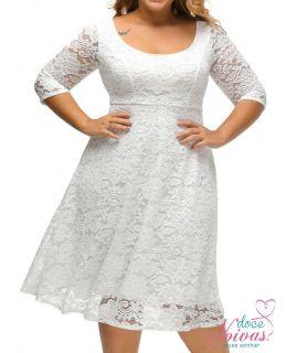 Vestido curto rendado off white