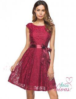 Vestido Curto Rendado Vermelho Marsala
