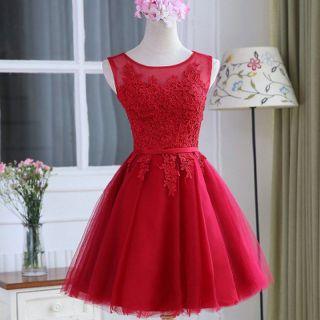 Vestido Curto Vermelho Escuro