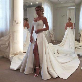 Vestido de Noiva Tomara que Caia Cetim com Fenda