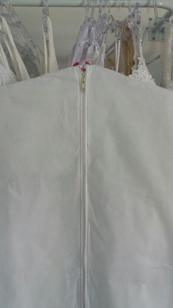 Capa de Vestido Doce Noivas