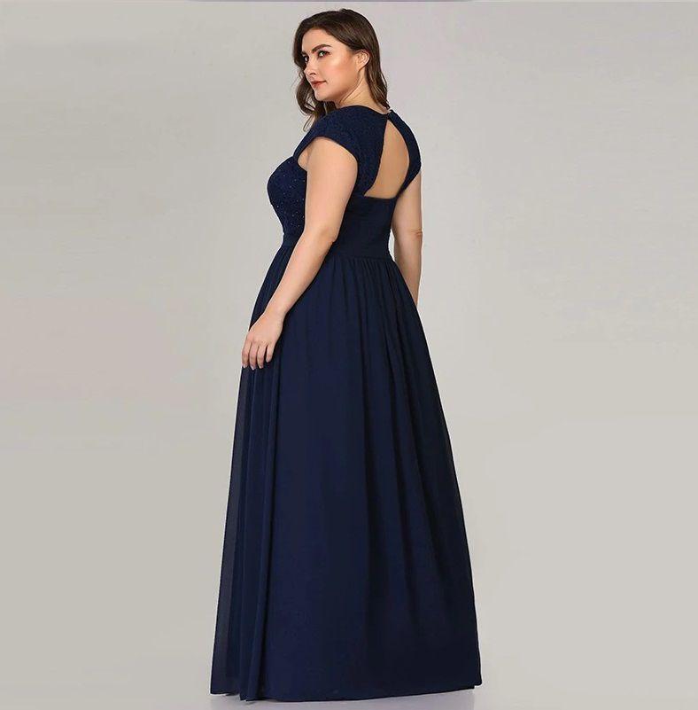 Vestido Azul Escuro Costas Aberta Plus Size