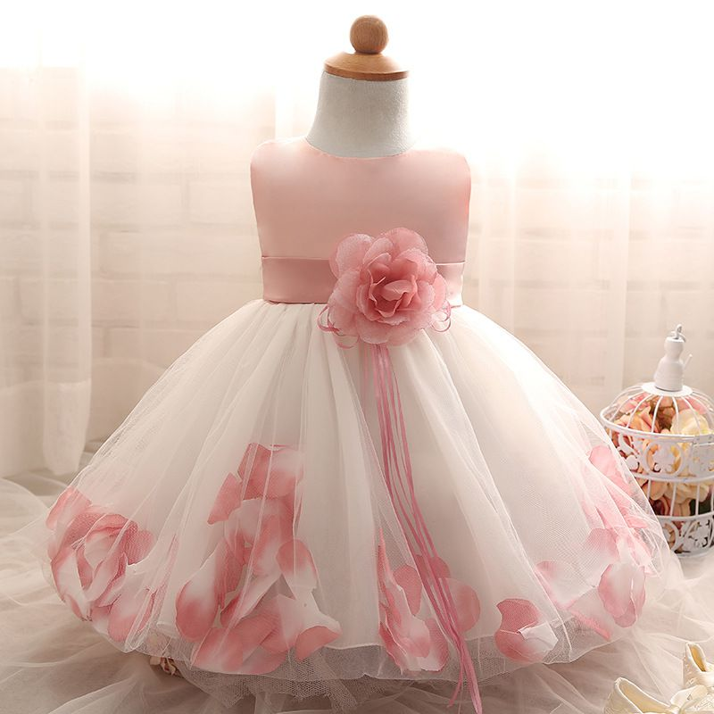 96069171e Vestido de Daminha Aia Florista Branco Com Rosa Pétalas