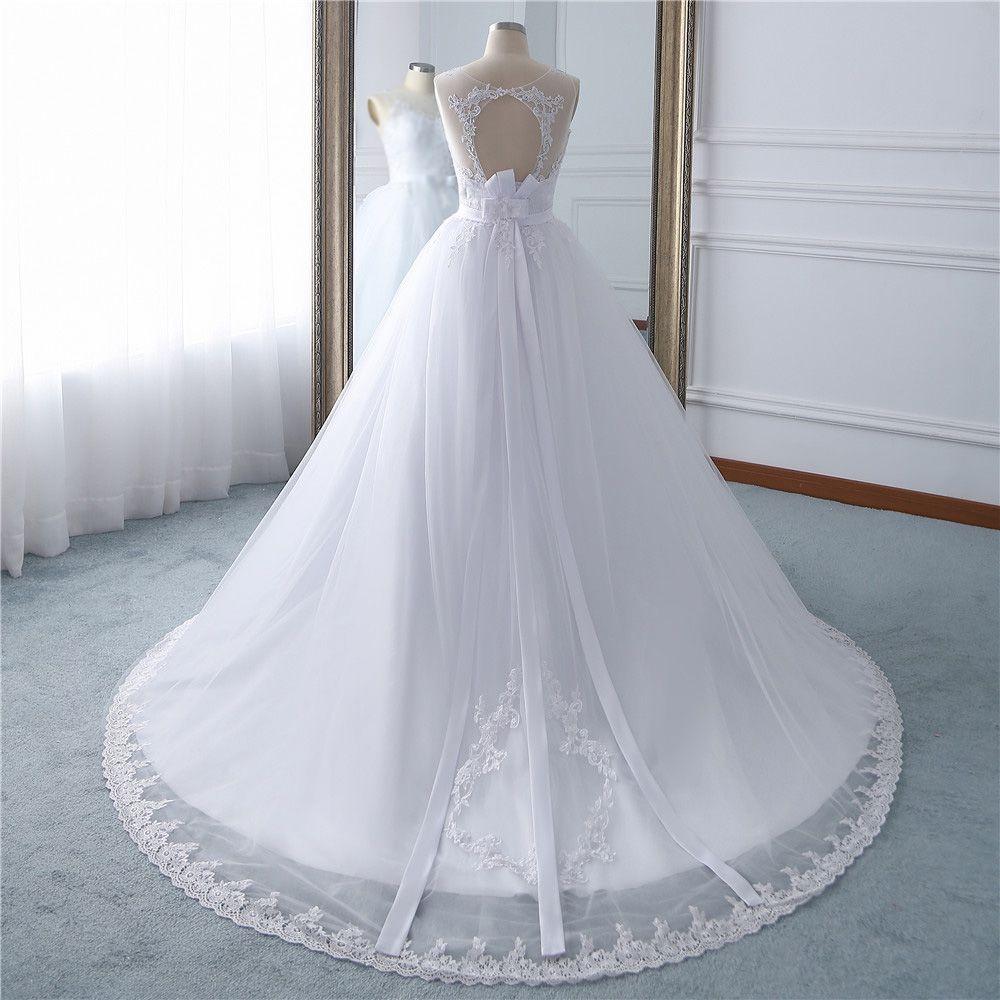 Vestido de Noiva Brianna Cauda e Detalhes Costas